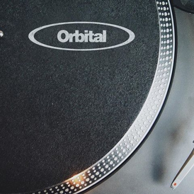 🔘 IN ORBIT AT 45 REVOLUTIONS PER MINUTE 🔘 . . #orbital #acidhouse #dancemusic #electronicdancemusic #rave #ravers #dj #music #oldschool #90srave #nowplaying #housemusic #technomusic #acidtechno